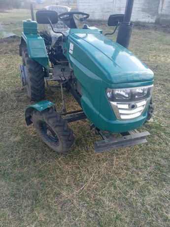 Продам трактор Файтер 20