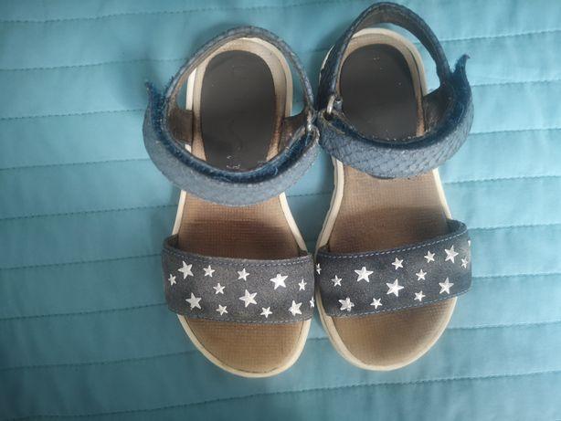 Skórzane sandały r. 25, dł. wkł. 15,8 cm