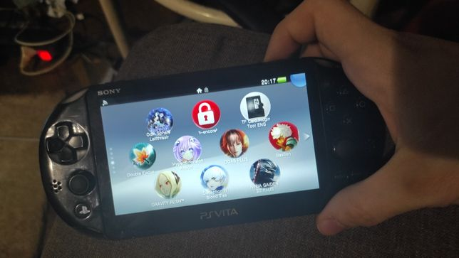 PS VITA(64GB,бесплатные игры)