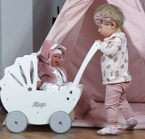 Wózek drewniany dla lalek Bebe Mini firmy Bebis na roczek urodziny HIT