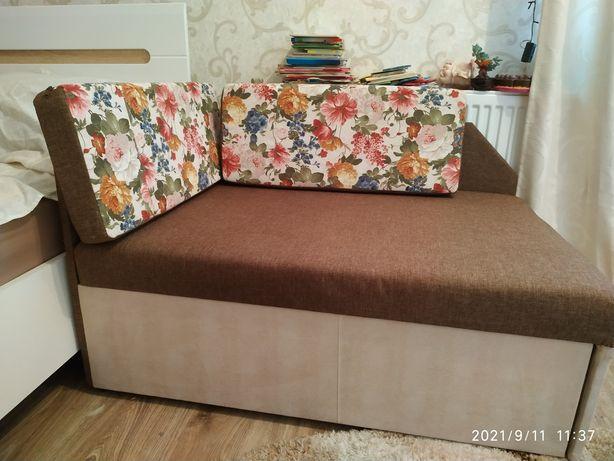 Диван диванчик тапчан кубик
