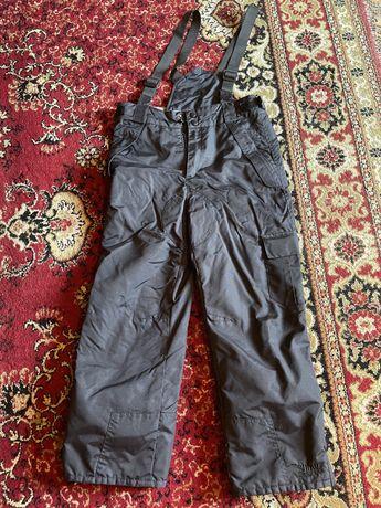 Продам теплые штаны- комбинезон