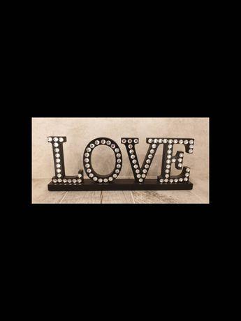 Napis LOVE Home&you