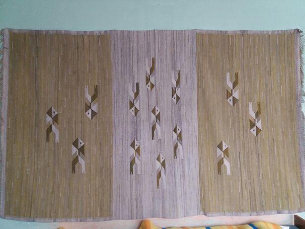 Duży kilim welniany tkany ręcznie z lat 60