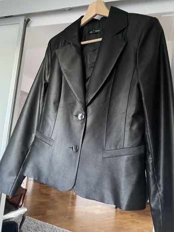 Komplet garnitur zakiet spodnica