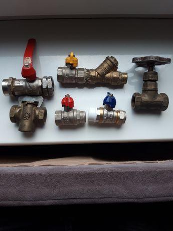 Краны газ вода новые Италия