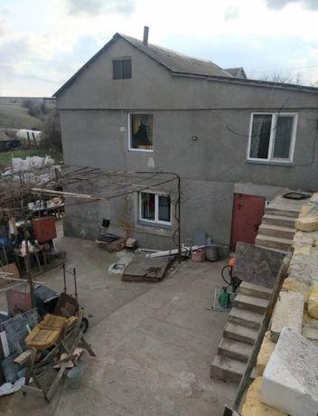 Продам дом в центре села Александровка, участок 15 соток