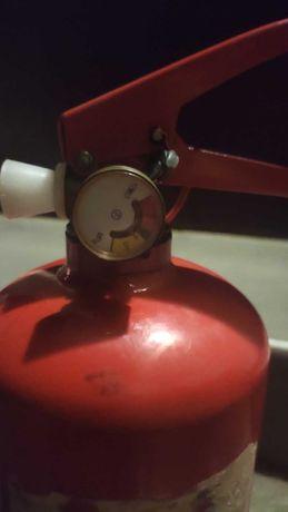 Порошковый огнетушитель ОП-3 (ВП-3)