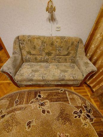 Продам  диван малютка в отличном состоянии