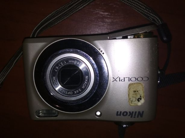 Цифровой фотоаппарат Nicon Coolpix