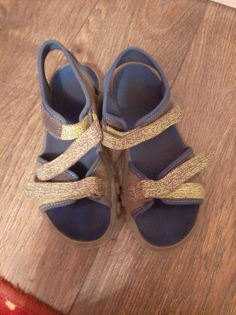 Sandały Quechua 36