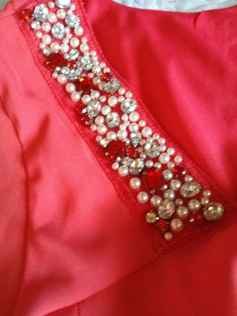 Сукня,плаття,продам нове!