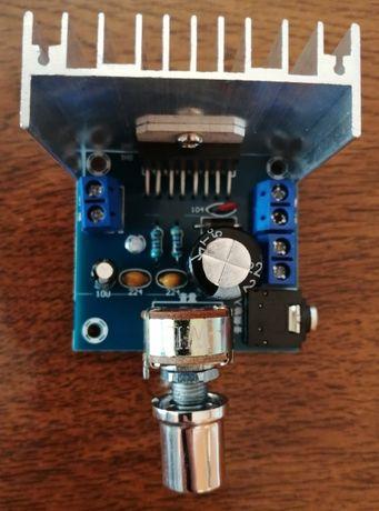 Amplificador integrado STEREO 15W+15W