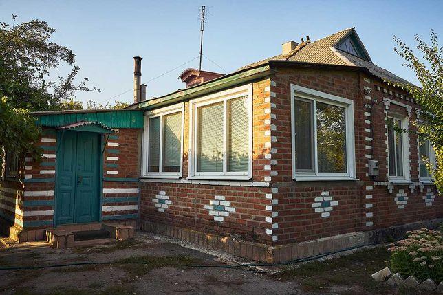 Собственник. Продам дом в Змиевском районе. Идеален для пчеловодов.