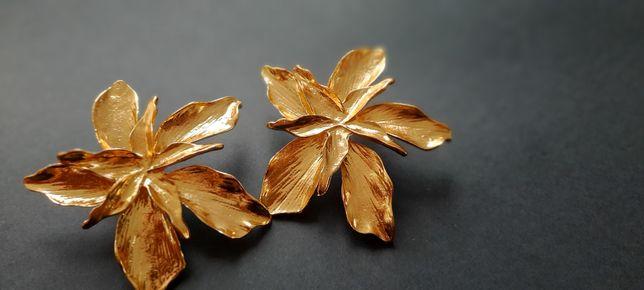 Kolczyki kwiaty kolor złoty