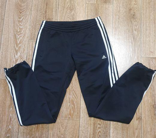 Продам женские оригинал штаны adidas