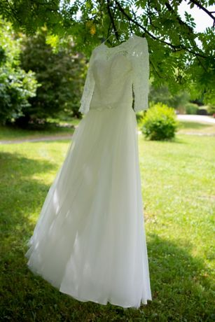 Piękna suknia ślubna, gipiura, rustykalna, rozmiar 36