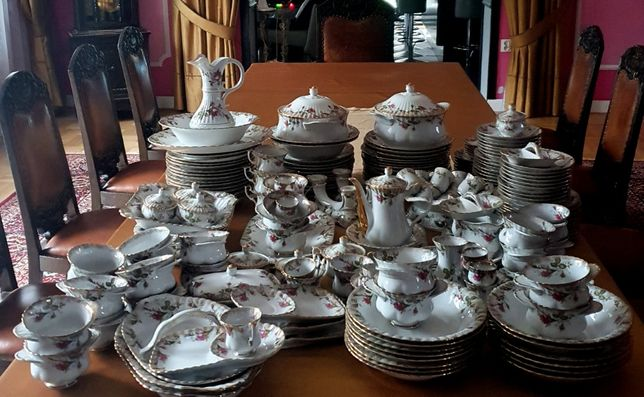 Zastawa obiadowa na 24 osób serwis z porcelany Chodzież (218 elem.)