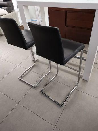 Hokkery hoker hokery krzesła barowe czarne  ładne.