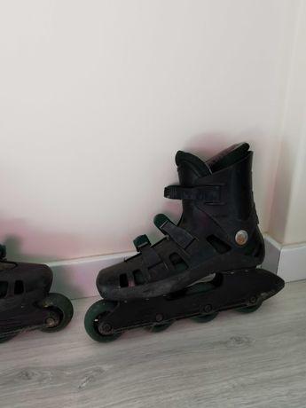Par de patins usados tamanho 40