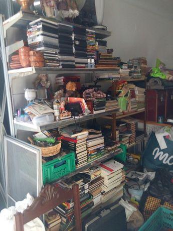 Livros/CDs/DVDs