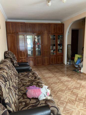 Продам 1-но комнатную квартиру в Кропивницком , р-н Новониколаевка .
