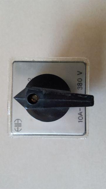 Wyłącznik 0-1 natablicowy 10A, 380V
