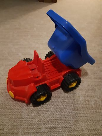Samochód plastikowy wywrotka 3+