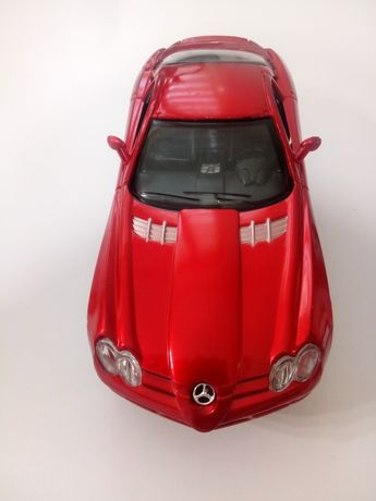 Mercedes SLR 1;24 napęd