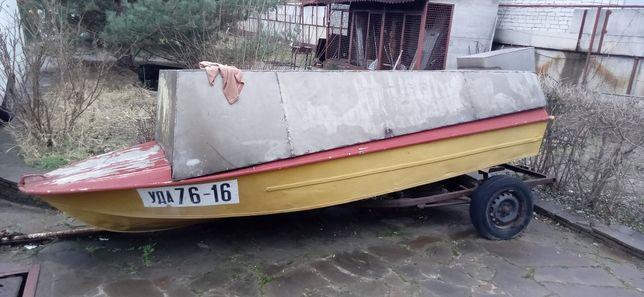 Лодка Крым СССР.