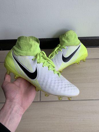 Бутсы Nike Magista (копы, сороконожки)