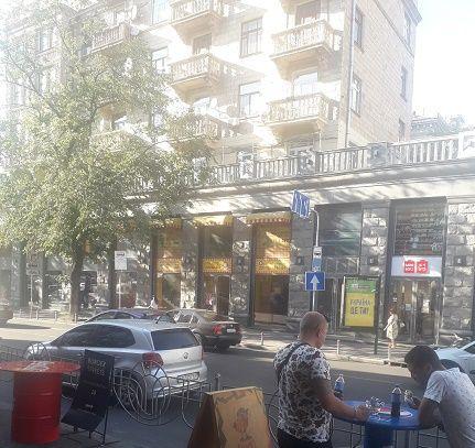 Сдам помещение ул. Крещатик /Бессарабский рынок Центр 550 м.кв