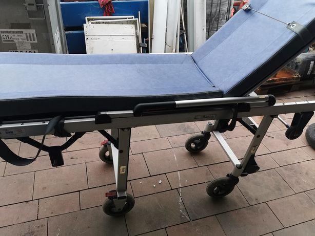 Łóżko medyczne karetka