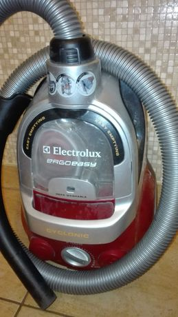 Electrolux Ergoeasy model ZTF7620-Odkurzacz -części