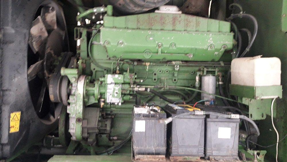 Na czesci silnik Cummins NTA 855 sieczkarnia John deere 6810,6910