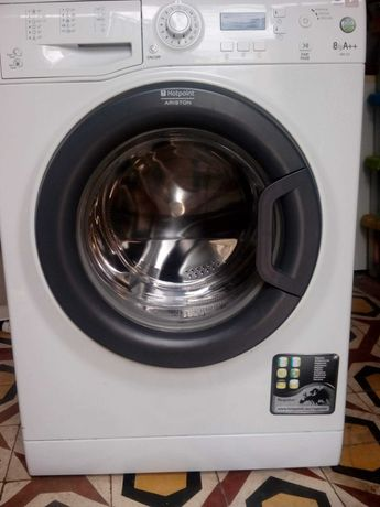 Máquina lavar roupa Ariston Hotpoint 8Kg 1200 r.p.m. classe A++