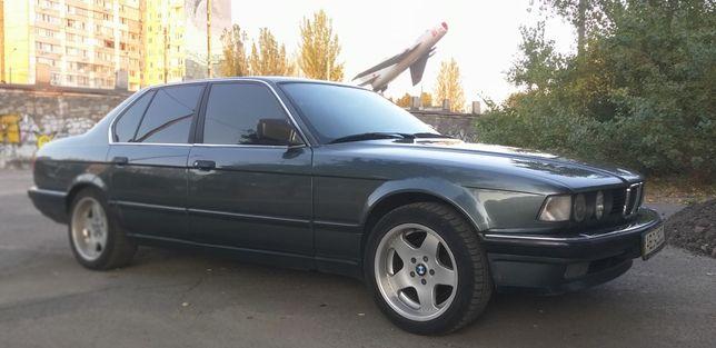 Продам BMW 730 e32,1989 г.в.