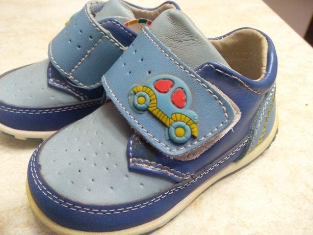 Весенние ботиночки для мальчика 19-23 размер