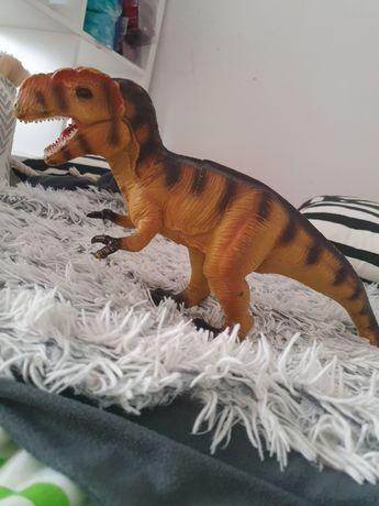 Dinozaur  drapieżny