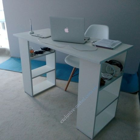 Качественный белый стол письменный с полками, маникюрный, белый стол