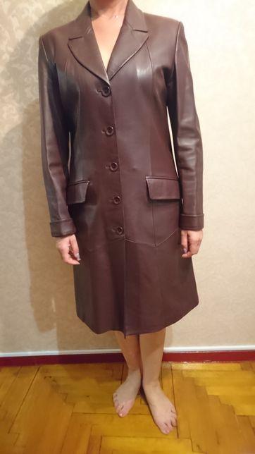 Кожанное пальто/плащ/пиджак YiLuQi