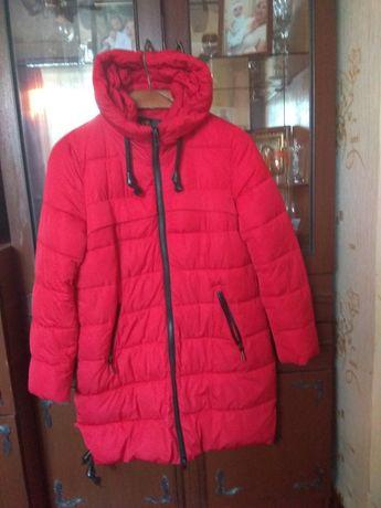 Теплое пальто на холофайбере.