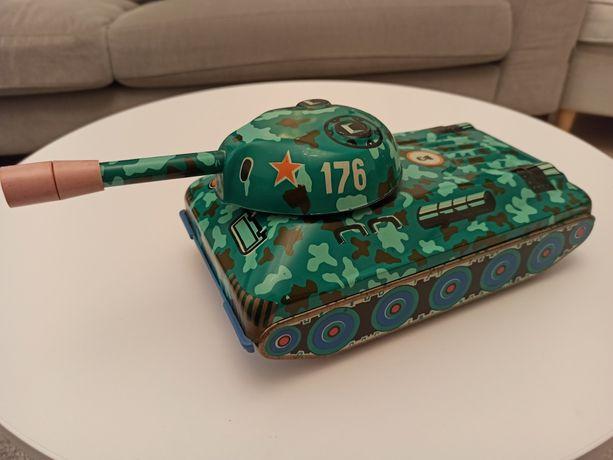 Czołg blaszany zabawka PRL made in USSR