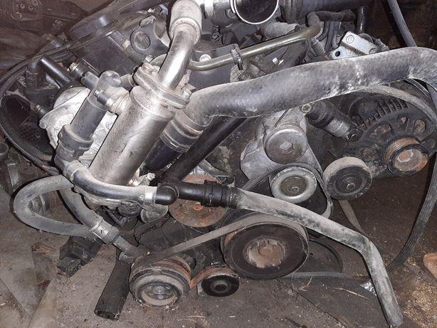 BMW 2.0 Diesel мотор 2000 годов