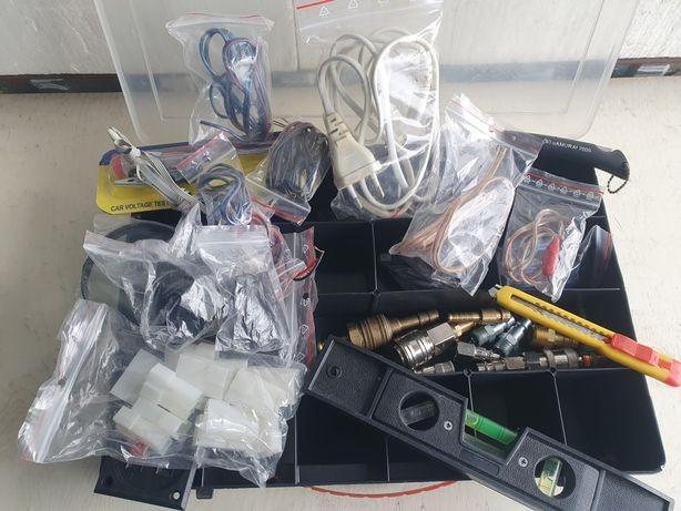 Organizer walizka z akcesoriami