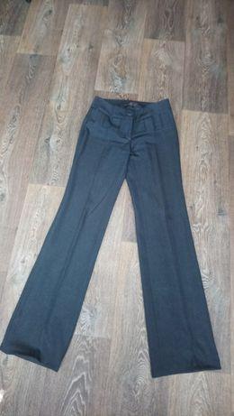Жіночі класичні брюки з широким поясом