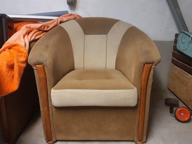 Fotele na nóżkach
