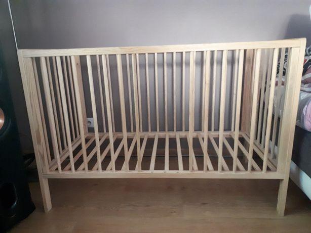 Łóżeczko dla dziecka plus stelaż