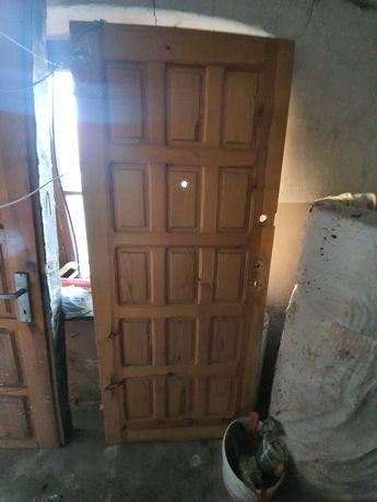 Sprzedam drzwi drewniane, sosna