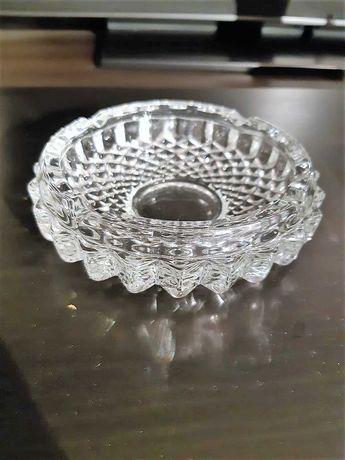 Kryształowa popielnica popielniczka zdobiona